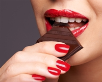 636535019733116962choc red lips.jpg
