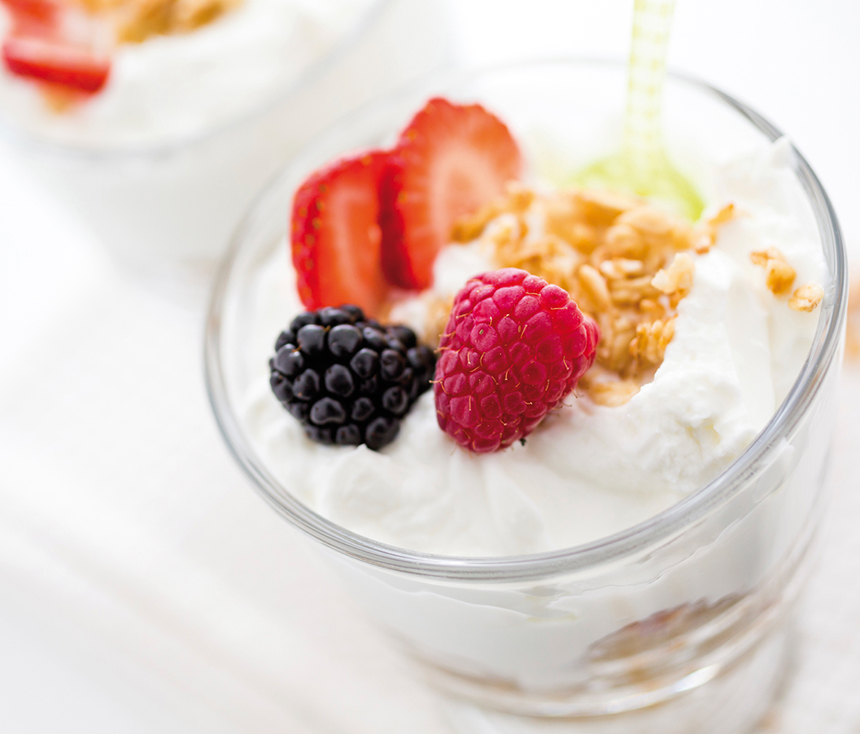 636834011389049890breakfast yogurt 3.jpg